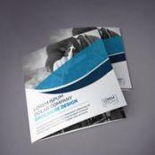 طرح لایه باز بروشور سه لت مربعی Blue Square Tri-Fold Brochure Layout
